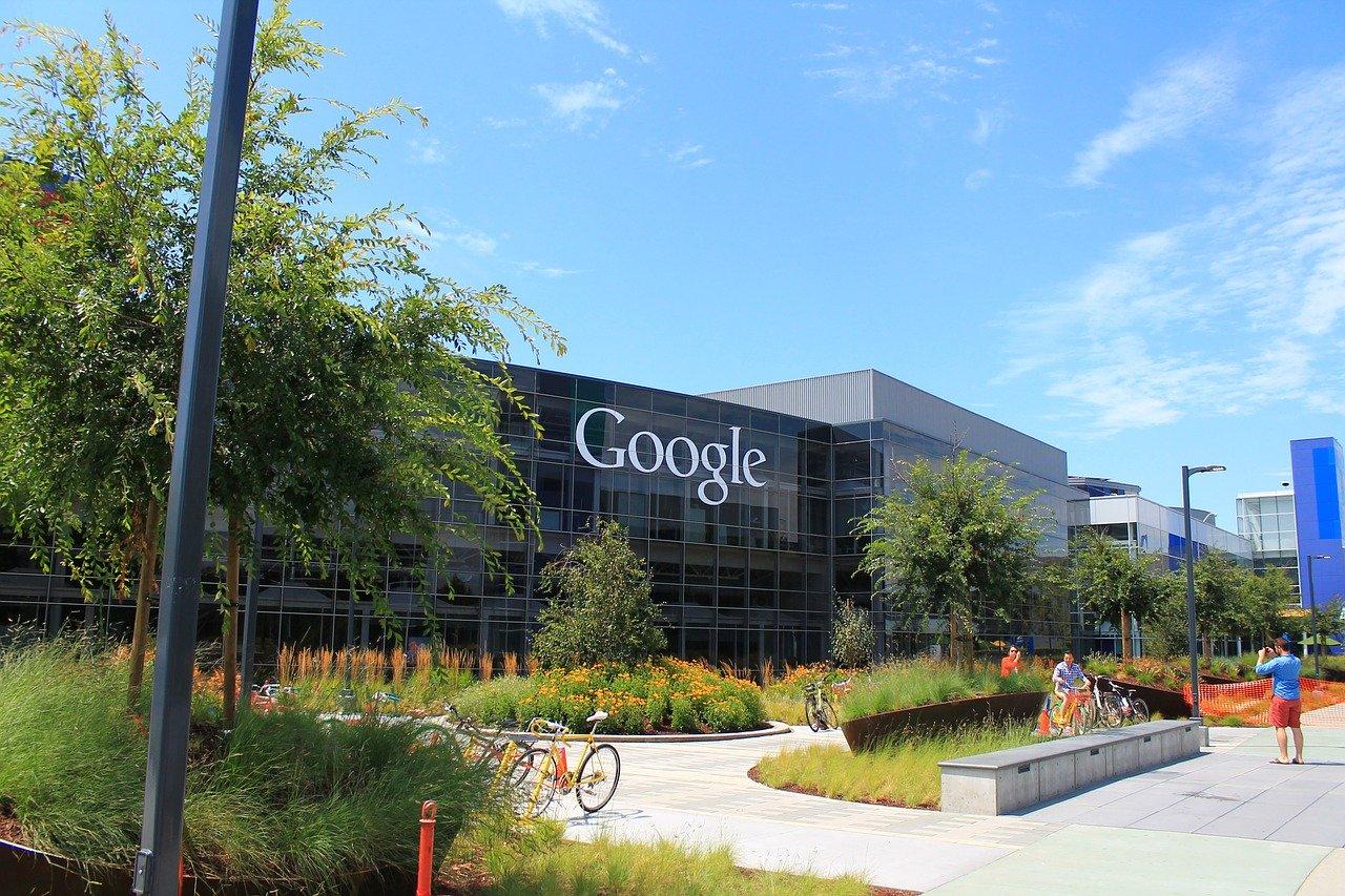 บริษัท Google แจ้งให้พนักงานทำงานที่บ้านยันปลายปีหน้า
