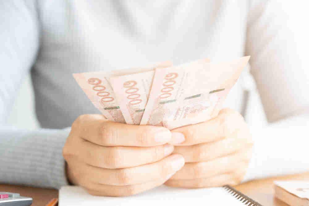 ผู้ประกันตนมาตรา 33 อาจได้เงินเยียวยา 5,000 บาท